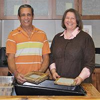 Juan and Virginia participate in papermaking workshop