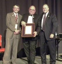 Art Ragauskas accepting his award